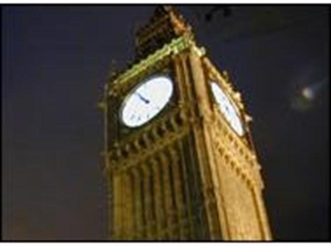 Big Ben saati şaşırdı